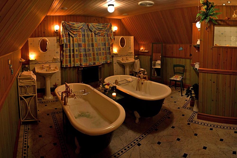 ptarmigan-self-catering-accommodation-broadfrd-skye-bathroom